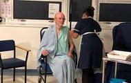 2570838 - В Британии вакцинировали от COVID Уильяма Шекспира