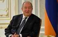 Президент Армении заразился COVID во время визита в Лондон