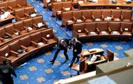 Названы сроки возобновления работы Конгресса США