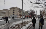 У Павлограді горить гуртожиток, людей евакуюють