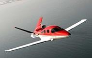 В Швейцарии в озеро упал небольшой самолет