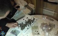 З України намагалися вивезти старовинні монети на мільйон