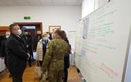 Министр обороны Румынии выложил в соцсеть пароли кол-центра армии