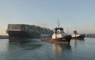Египет заявил о разблокировании Суэцкого канала