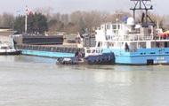 В Британии сухогруз перекрыл бухту Литлхэмптона