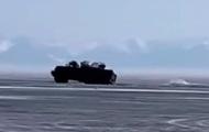 На озере Байкал под лед провалились два грузовика