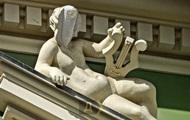 В Одессе нашли бутылку в голове у статуи