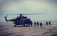 Украинские десантники провели учения у моря