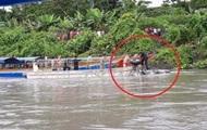 У Перу військовий вертоліт упав в річку, п'ятеро загиблих