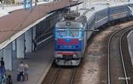 Пасажир поїзда Рахів-Київ помер після падіння з полиці