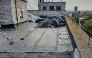 У Миколаєві залило багатоповерхівку через дірявий дах