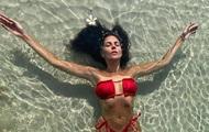 Бикини, Мисс Украина и конопля: фото дня