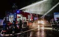 Біля Тернополя спалахнула пожежа на складі полімерів