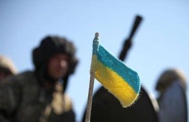 Порошенко пообещал бойцам АТО одноразовую премию