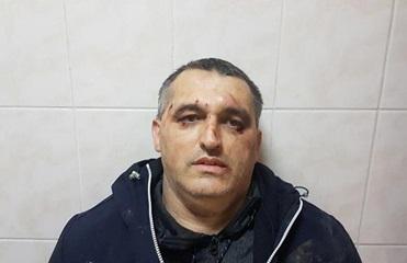 В Черновцах избили расследовавшего коррупцию активиста - журналист