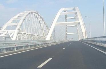 Появились фото пустующего Крымского моста