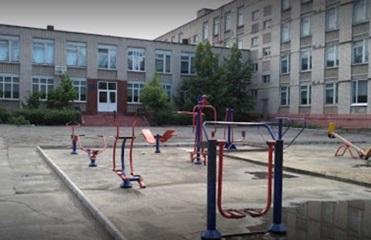 В Николаевской области в школе распылили газ: 20 пострадавших