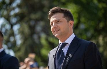 Зеленский переназначил двух чиновников времен Порошенко