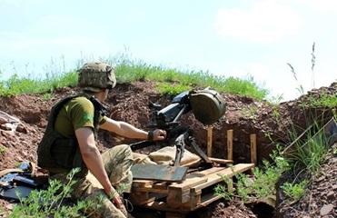 На Донбассе за сутки шесть обстрелов, без потерь