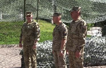 На Донбассе представили нового командующего ООС