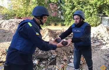 Сотню артснарядов обнаружили на территории школы в Тернополе