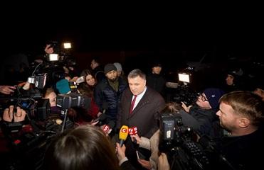 Аваков рассказал о задержанных в Новых Санжарах