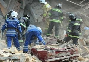 ГСЧС: Люди, которые находятся под завалами дома в Одессе - живы