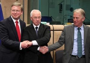 СМИ: Встреча Азарова с лидерами ЕС сопровождалась криками и неловким пятиминутным молчанием
