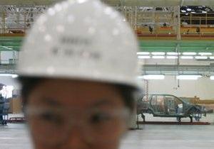 Работники китайской фабрики захватили в заложники начальство