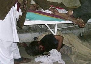 Теракт на волейбольном турнире в Пакистане: семьдесят погибших, число жертв растет