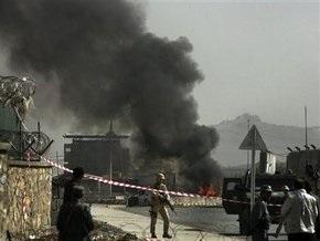 В центре Кабула террорист-смертник атаковал военную колону НАТО: есть жертвы