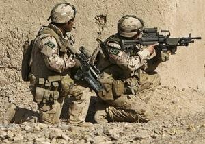 Брат президента Афганистана попросил канадцев не уходить из страны