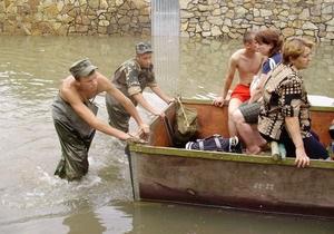 Шуфрич: В Черновцах ожидается подъем воды на шесть метров, не исключено отселение жителей