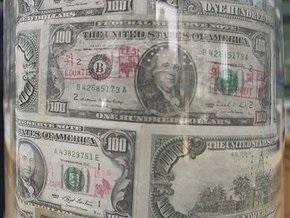 Доллар на межбанке продолжает падение