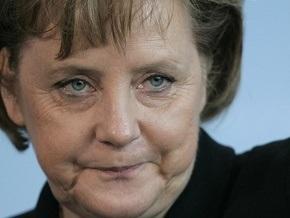 МИД Польши: Меркель делает Европу более зависимой от поставок российского газа