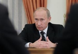 Путин дал поручения в связи с терактом в Домодедово