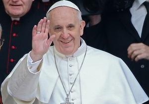 Папа Римский признался, что иногда дремлет во время вечерних молитв