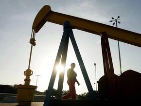 Рынок сырья: Нефть и золото дешевеют