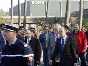 Во Франции рабочие захватили в заложники руководство завода Sony