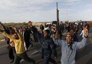 Повстанцы взяли под контроль аэропорт ливийского города Мисрата
