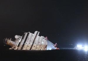 Суд над капитаном Costa Concordia: Индонезийский рулевой не понял приказ Скеттино увеличить скорость