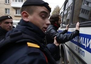 Новости России - В Москве на рынке задержаны около тысячи нелегалов