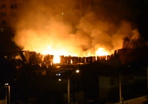 Крупный пожар в Одессе охватил почти весь рынок Селянка