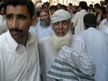 Число жертв терактов в Пакистане достигло 60
