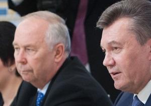 Янукович попросил регионалов не медлить с принятием закона о лечении Тимошенко за рубежом