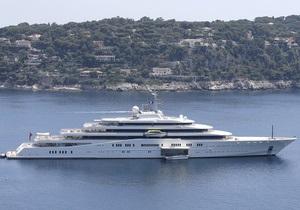 Яхта Абрамовича - Крит - Яхта Абрамовича не смогла зайти в критский порт из-за своих габаритов
