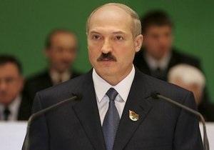 Лукашенко обвинил оппозицию в колебаниях курса белорусского рубля