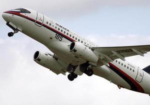 Эксперты назвали причины неудач российского самолета Sukhoi Superjet-100
