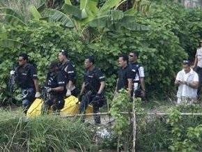 В Джакарте застрелили двоих подозреваемых во взрыве отелей