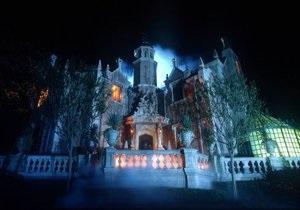 Гильермо дель Торо снимет фильм по знаменитому аттракциону Особняк с привидениями